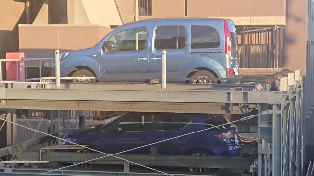 ガソリン車に長期間乗らない時のトラブル